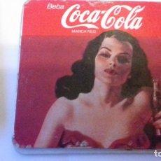 Coleccionismo de Coca-Cola y Pepsi: LOTE DE POSAVASOS EN CORCHO Y FOTOGRAFIAS VINTAGE. Lote 176780843