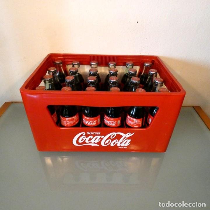 Coleccionismo de Coca-Cola y Pepsi: CAJA DE COCA-COLA + 24 BOTELLINES RETORNABLES - Foto 2 - 177644715