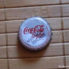 Coleccionismo de Coca-Cola y Pepsi: TAPÓN CHAPA CORONA COCA COLA LIGHT CAD. 2000. Lote 177695615
