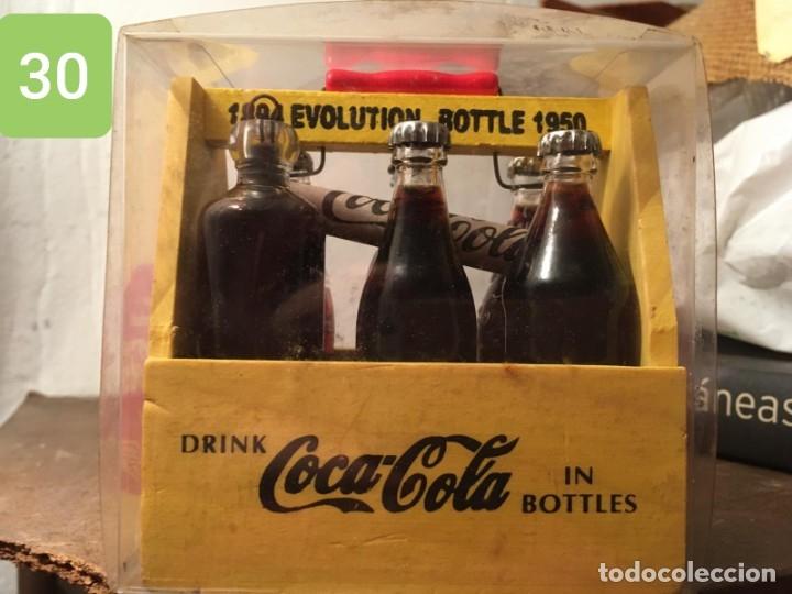 MINIATURA CAJA EVOLUCION BOTELLAS DE COCA COLA (Coleccionismo - Botellas y Bebidas - Coca-Cola y Pepsi)