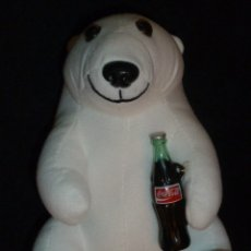 Coleccionismo de Coca-Cola y Pepsi: PELUCHE OSO POLAR CON BOTELLA COCA-COLA. Lote 183343085