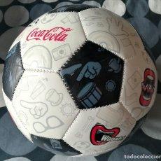 Coleccionismo de Coca-Cola y Pepsi: BALON DE FUTBOL COCA COLA , COKE . 2012 . NUEVO . FOOTBALL. Lote 183415641
