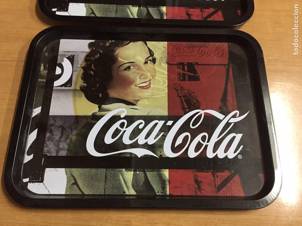 Coleccionismo de Coca-Cola y Pepsi: 3 bandejas de Coca Cola 33x25cm - Foto 2 - 186186927