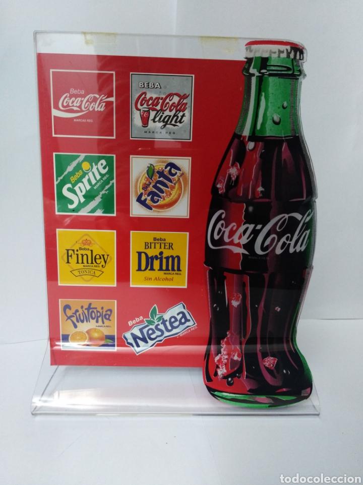 Coleccionismo de Coca-Cola y Pepsi: Aparador Coca Cola Coke botella muy raro. Años 80 o 90 publicidad chapa Fanta vintage - Foto 2 - 192093402
