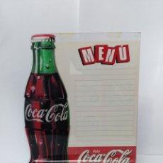 Coleccionismo de Coca-Cola y Pepsi: APARADOR COCA COLA COKE BOTELLA MUY RARO. AÑOS 80 O 90 PUBLICIDAD CHAPA FANTA VINTAGE. Lote 192093402