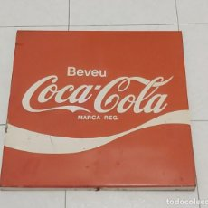 Coleccionismo de Coca-Cola y Pepsi: ESPECTACULAR ANTIGUO CARTEL COCA COLA (44 X 44 CM). ENVÍO GRATUITO. Lote 192989540