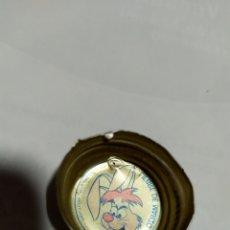 Coleccionismo de Coca-Cola y Pepsi: ANTIGUO TAPON DE ROSCA PEPSI COLA PERSONAJE DISNEY LIEBRE DE MARZO. Lote 194235527