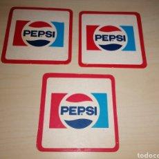 Coleccionismo de Coca-Cola y Pepsi: LOTE DE ANTIGUOS POSAVASOS PEPSI. Lote 194588568