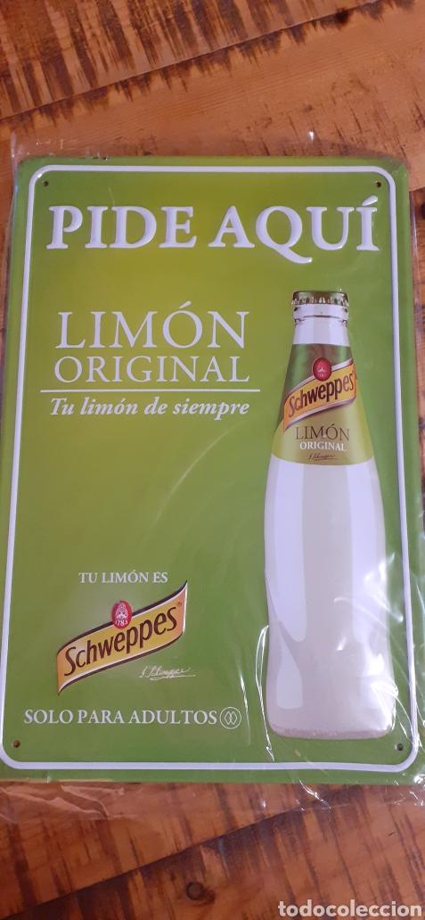 SCHWEPPES SOLO PARA ADULTOS - CARTEL CHAPA - TU LIMÓN DE SIEMPRE - (Coleccionismo - Botellas y Bebidas - Coca-Cola y Pepsi)