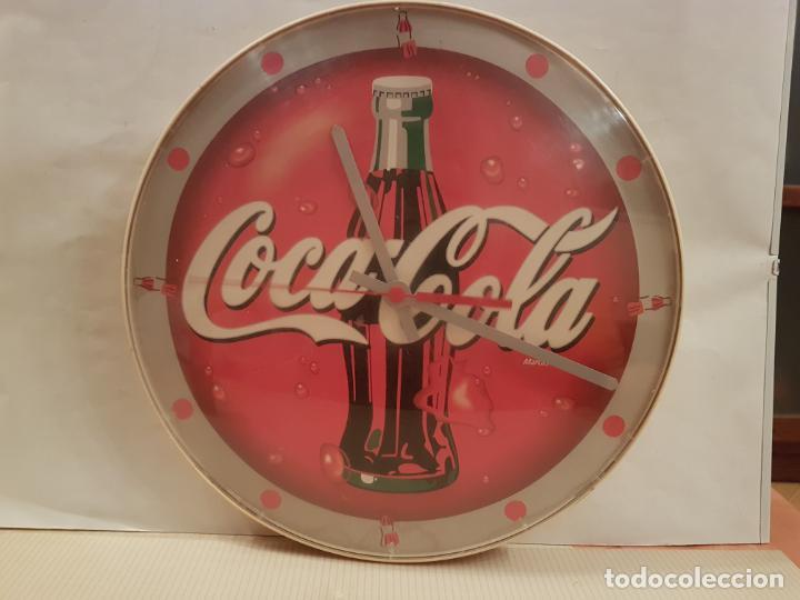 Coleccionismo de Coca-Cola y Pepsi: reloj de pared de cocacola funciona perfectamente esta probado ver fotos - Foto 9 - 195036076