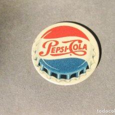 Coleccionismo de Coca-Cola y Pepsi: CHAPA PUBLICITARIA DE ALFILER DE PEPSI COLA ESPAÑOLA - MARCA REGISTRADA - AÑOS 50 APROXIMADAMNETE. Lote 195298776