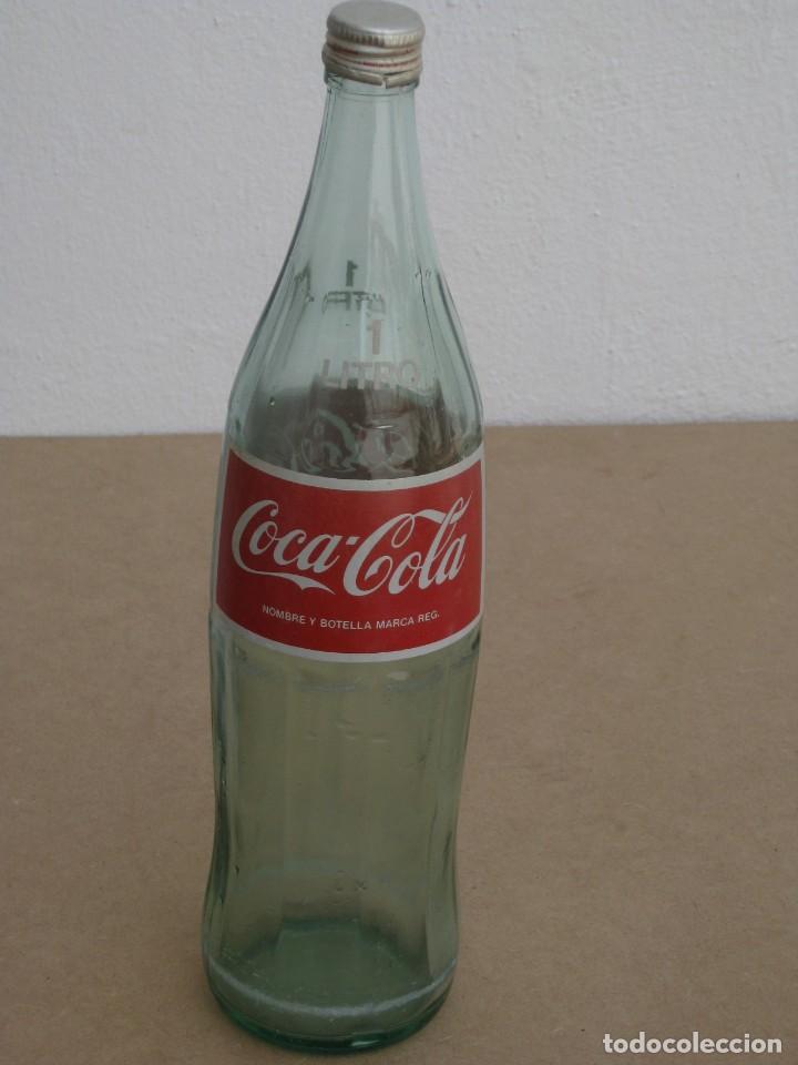 Coleccionismo de Coca-Cola y Pepsi: Antigua botella de Coca Cola. 1 litro. - Foto 7 - 205299453