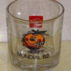 Coleccionismo de Coca-Cola y Pepsi: VASO DE CRISTAL MUNDIAL FÚTBOL ESPAÑA 82 1982. NARANJITO COCA COLA Nº 1. 300 GR. Lote 221309455