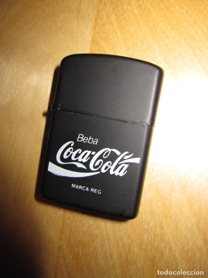 ANTIGUO MECHERO ENCENDEDOR TIPO ZIPPO COCA COLA COCACOLA NEGRO MATE (Coleccionismo - Botellas y Bebidas - Coca-Cola y Pepsi)
