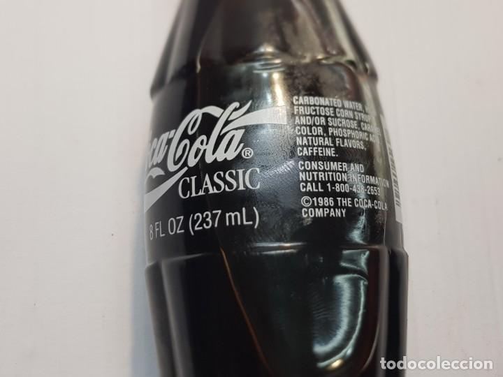 Coleccionismo de Coca-Cola y Pepsi: Botella coca-cola USA 94 DETROIT llena sin abrir muy difícil - Foto 2 - 231029305