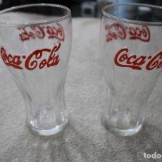 Coleccionismo de Coca-Cola y Pepsi: 2 VASOS COCA COLA LETRAS ROJAS RELIEVE. Lote 234026795