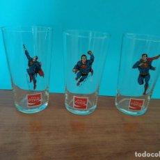 Coleccionismo de Coca-Cola y Pepsi: 3 VASOS DE COCA COLA SERIGRAFIADOS SUPERMAN , AÑOS 70 DE LA COLECCIÓN - DC COMICS INC 1 , 4 , 5. Lote 240453830