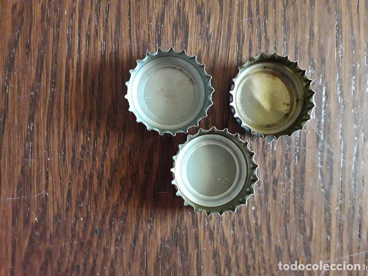 Coleccionismo de Coca-Cola y Pepsi: lote de 3 chapas tapón corona de tónica nordic - Foto 2 - 241156225