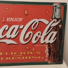 Coleccionismo de Coca-Cola y Pepsi: CARTEL DE LATA DE COCA COLA. Lote 243660315