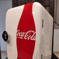 Coleccionismo de Coca-Cola y Pepsi: MINI NEVERA PORTATIL COCA-COLA -MOBICOOL F05- NUEVA, A ESTRENAR, COCA COLA, COCACOLA. Lote 244409480