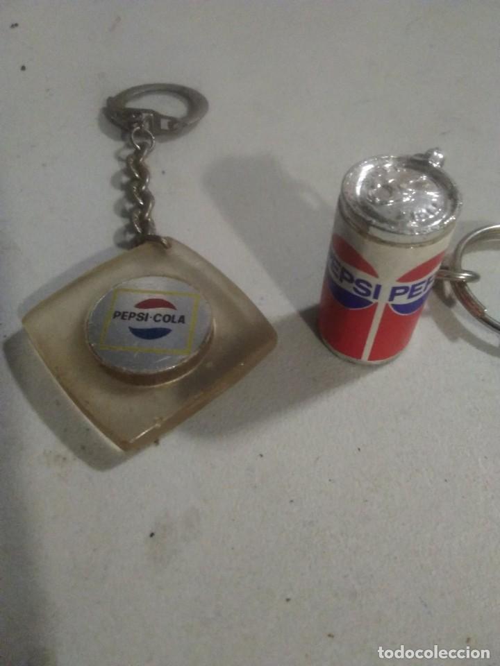 2 LLAVEROS COLECCION PEPSI COLA (Coleccionismo - Botellas y Bebidas - Coca-Cola y Pepsi)