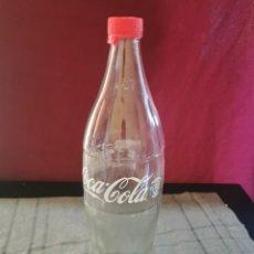 Coleccionismo de Coca-Cola y Pepsi: BOTELLA DE COCA COLA 1 LITRO REEDICIÓN EN VIDRIO. Lote 262590665