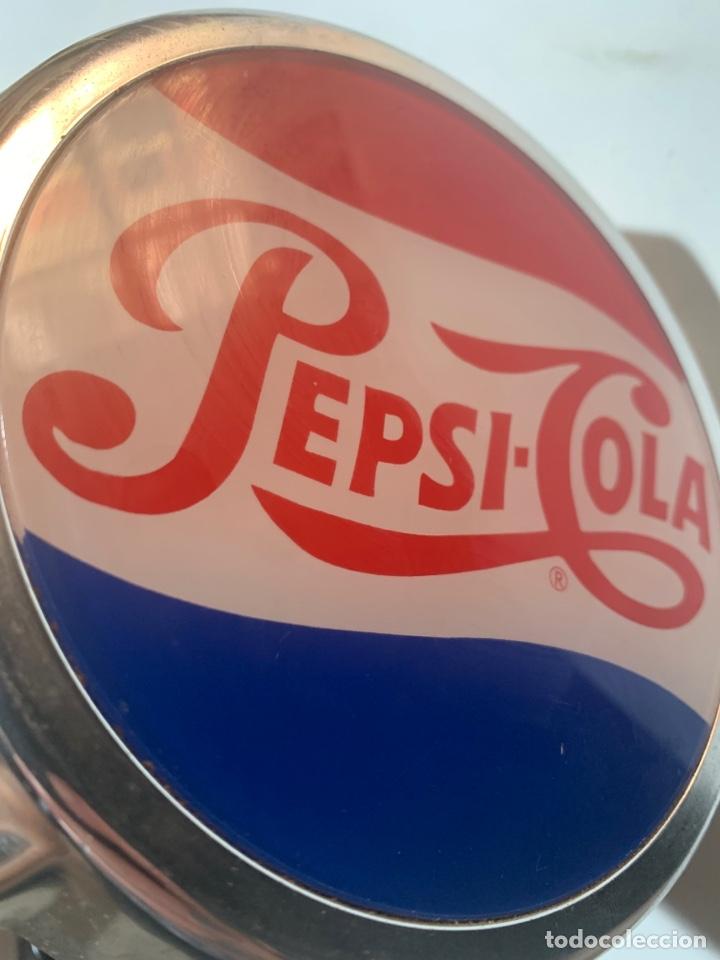 Coleccionismo de Coca-Cola y Pepsi: Abridor de botellines botellas de Pepsi-cola para barra de bar original - Foto 4 - 263156240