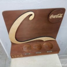 Coleccionismo de Coca-Cola y Pepsi: SOPORTE DE COCA-COLA DE MADERA. Lote 279558973
