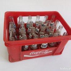 Collezionismo di Coca-Cola e Pepsi: ANTIGUA CAJA DE COCA-COLA CON 24 BOTELLINES DE FANTA.. Lote 293537443