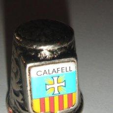 Coleccionismo de dedales: DEDAL METAL . CALAFELL . SERIE CIUDADES.. Lote 37407812