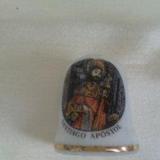 Coleccionismo de dedales: ANTIGUO DEDAL PORCELANA CON IMAGEN DE SANTIAGO APOSTOL GALICIA ESPAÑA. Lote 45310648