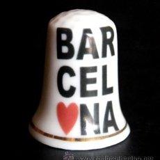 Coleccionismo de dedales: DEDAL PORCELANA - BARCELONA (FILETE ORO). Lote 50657104