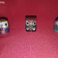 Coleccionismo de dedales: 3 DEDALES DE LATÓN (2 CM). Lote 101041615