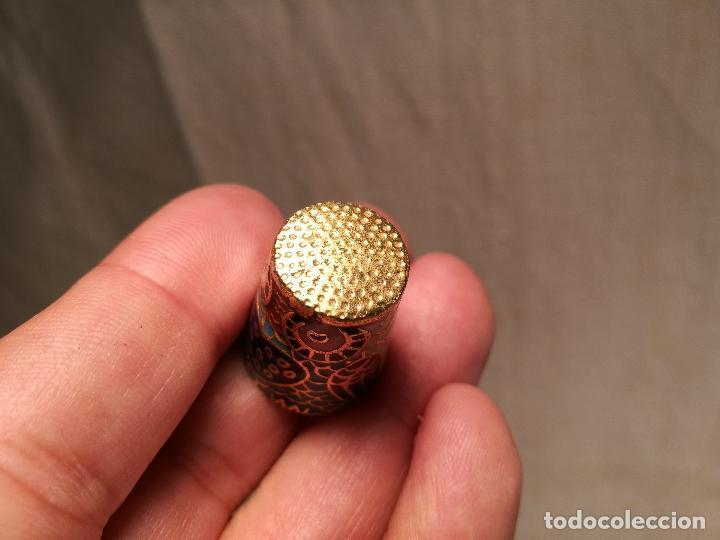 Coleccionismo de dedales: dedal buho bronce esmaltado cloisonne - Foto 2 - 102770859
