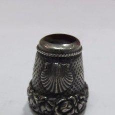 Coleccionismo de dedales: DEDAL DE PLATA CON ONIX. Lote 106225623