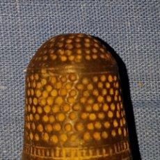 Coleccionismo de dedales: ANTIGUO DEDAL SIGLO XVIII. Lote 133680349