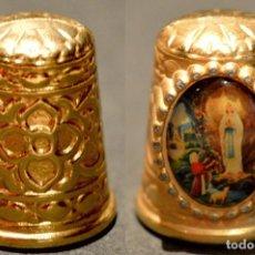 Coleccionismo de dedales: DEDAL METALICO LOURDES. Lote 138907742
