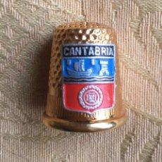 Coleccionismo de dedales: DEDAL DE METAL DORADO DE CANTABRIA. Lote 142327042