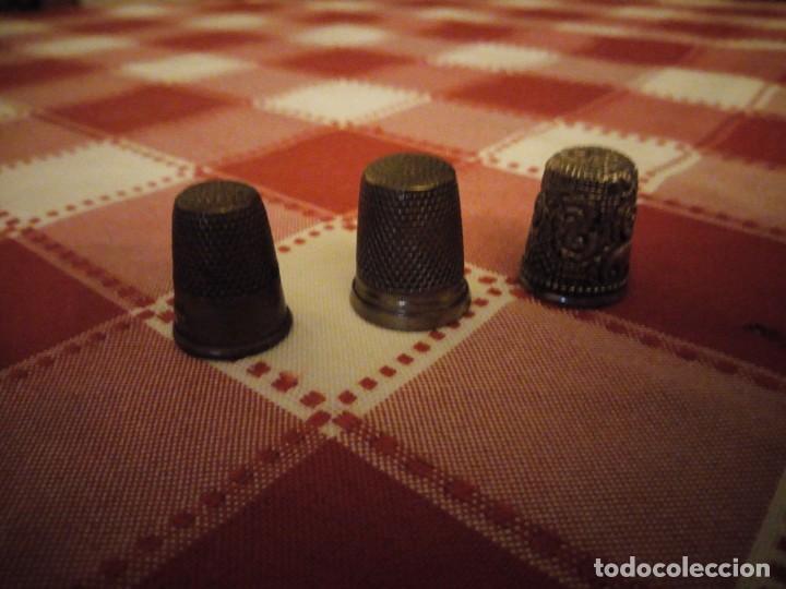 LOTE DE 3 DEDALES DE METAL ANTIGUOS. (Coleccionismo - Dedales)