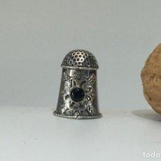 Coleccionismo de dedales: DEDAL DE PLATA. Lote 147612758