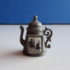 Coleccionismo de dedales: DEDAL CAFETERA DON QUIJOTE Y SANCHO PANZA. Lote 150216834