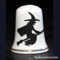 Coleccionismo de dedales: DEDAL PORCELANA - BRUJA. Lote 90747685