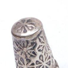Coleccionismo de dedales: DEDAL DE PLATA. Lote 179174957