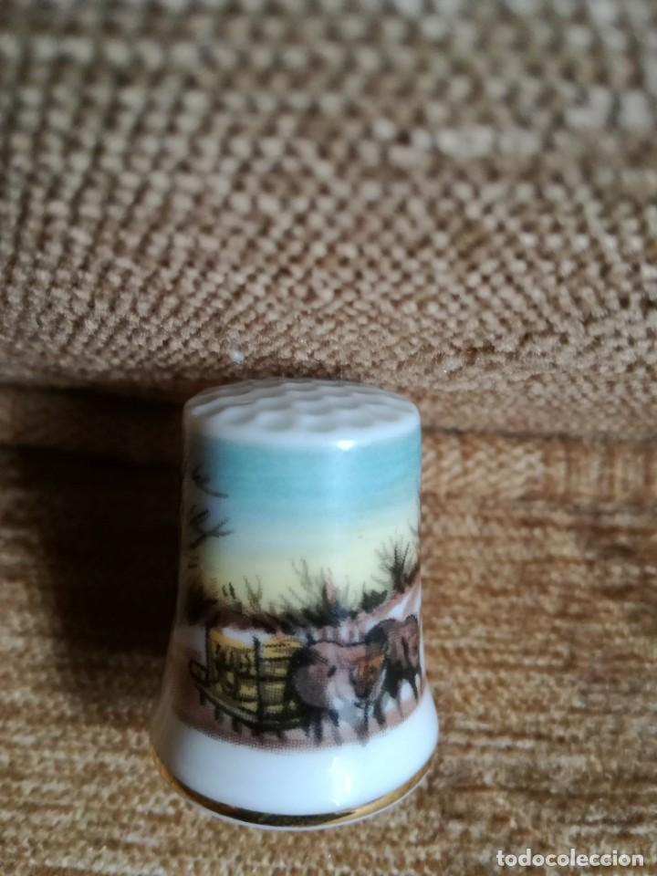 Coleccionismo de dedales: Dedal de porcelana - Foto 2 - 183688462