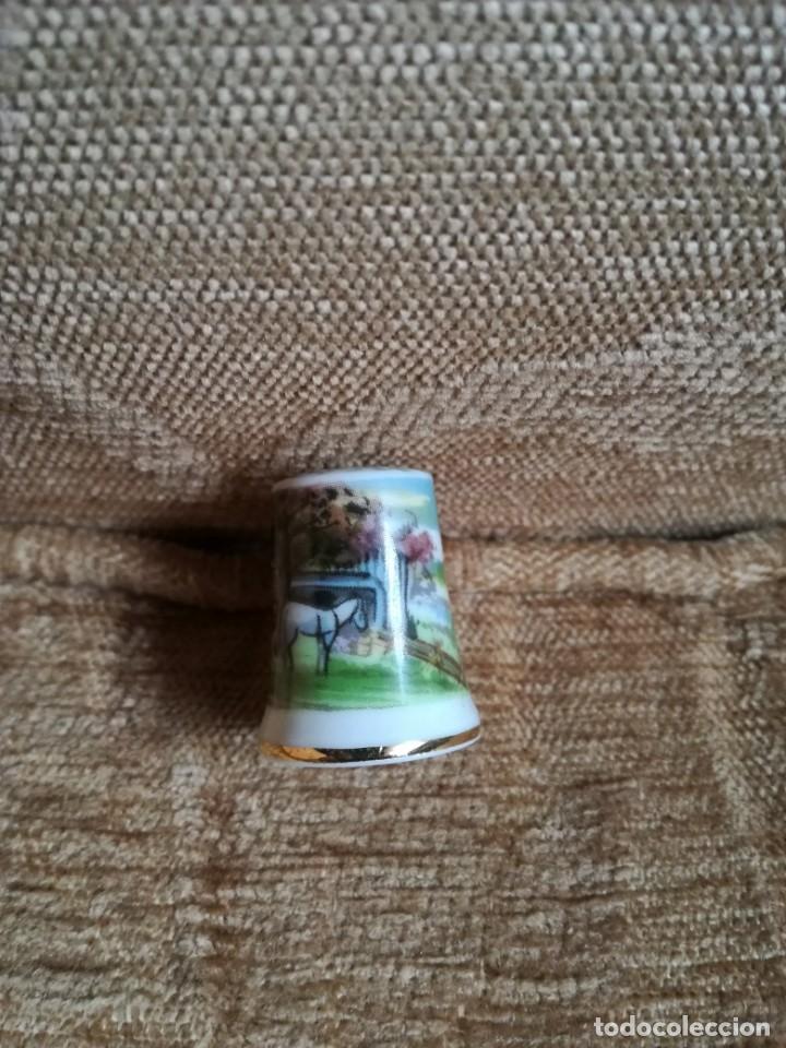 Coleccionismo de dedales: Dedal de porcelana - Foto 2 - 183688562