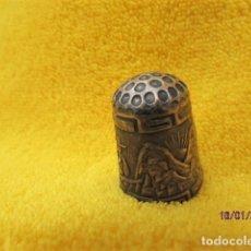 Coleccionismo de dedales: RARO DEDAL ÉPOCA COLONIAL DECORACIÓN ANDINA DE PLATA LEY 925. Lote 191015395