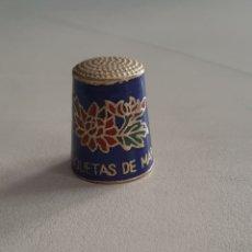Coleccionismo de dedales: DEDAL DE METAL ESMALTADO ROQUETAS DE MAR. Lote 207107552