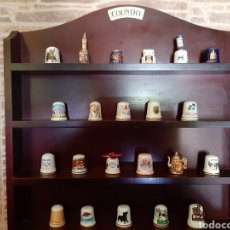 Coleccionismo de dedales: LOTE DE 22 DEDALES. ESPAÑOLES Y EXTRANJEROS. Lote 210206490