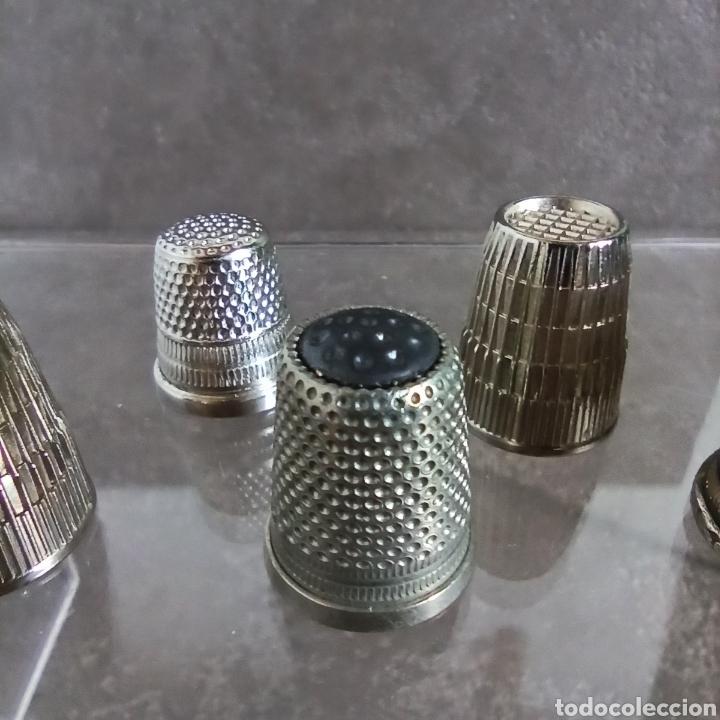 Coleccionismo de dedales: Lote de 5 dedales metálicos de colección - Foto 5 - 147046426