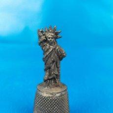 Collectionnisme de dés à coudre: DEDAL ESTATUA DE LA LIBERTAD. Lote 225018988